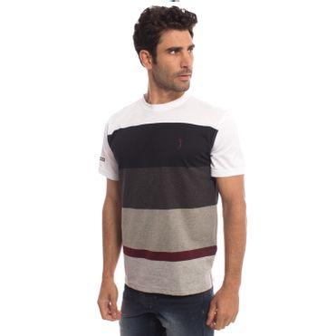 camiseta-aleatory-masculina-listrada-side-modelo-5-