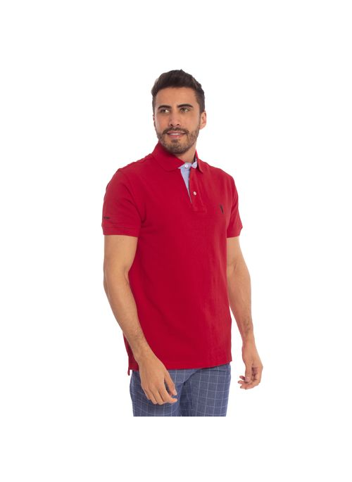 camisa-polo-aleatory-masculina-lisa-vermelho-modelo-thiago-4-