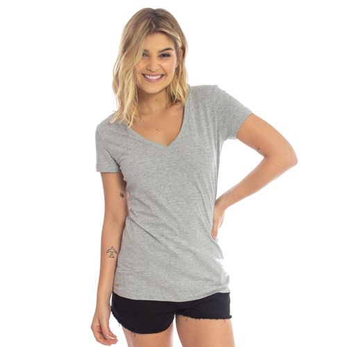 camiseta-aleatory-feminina-gola-v-beauty-modelo-gabi-1-