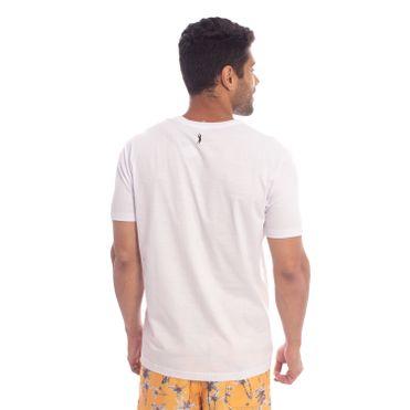 camiseta-aleatory-masculino-estampada-wild-waves-modelo-2-