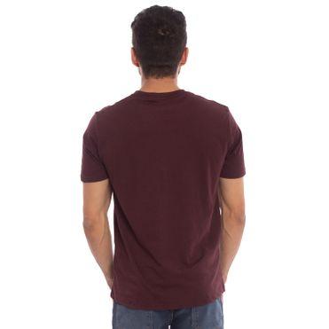 camiseta-aleatory-basica-masculina-lisa-roxo-modelo-2-