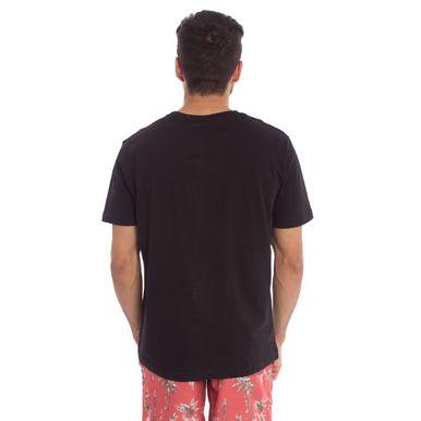 9116d1037a Camiseta Preta Lisa é na Aleatory Store! Compre aqui - Aleatory