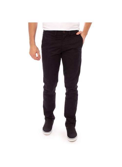 Calça masculina preta é atemporal e elegante deixando o homem sempre com visual estiloso