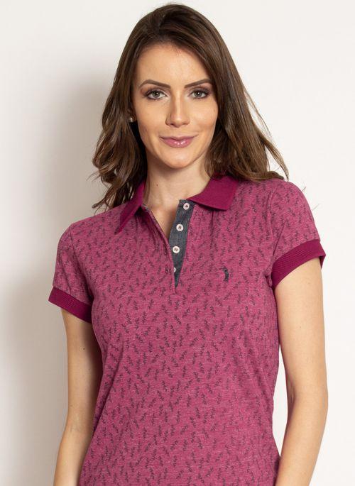 Camisa polo feminina estampada rosa de piquet dá aquele toque de estilo no visual para interagir à distância com os amigos