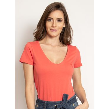 camiseta-aleatory-feminina-gola-v-basica-coral-modelo-2019-1-