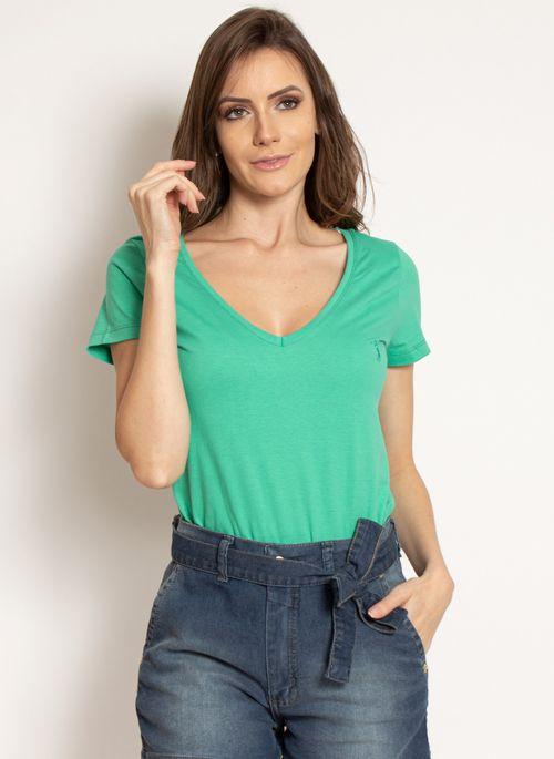 camiseta-aleatory-feminina-gola-v-basica-verde-modelo-2019-10-