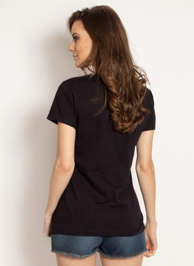 camiseta-aleatory-feminina-estampada-bright-preta-modelo-2-