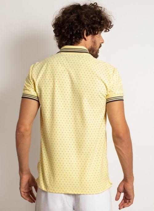 camisa-polo-aleatory-masculina-mini-print-square-amarelo-modelo-2-