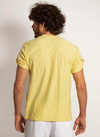 camiseta-aleatory-masculina-lisa-flame-com-bolso-modelo-2-