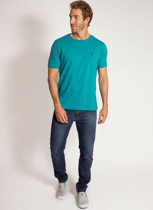 camiseta-aleatory-masculina-lisa-reativa-azul-modelo-3-