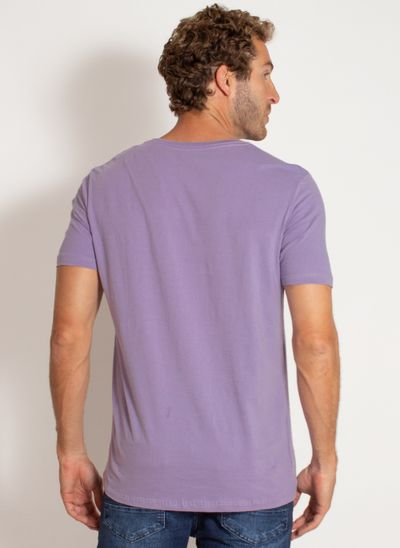 camiseta-aleatory-masculina-lisa-reativa-lilas-modelo-2-