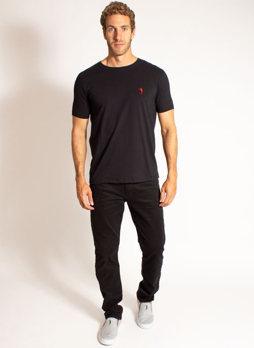 camiseta-aleatory-masculina-lisa-reativa-preta-modelo-3-