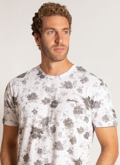 camiseta-aleatory-masculina-estampada-season-branco-modelo-1-