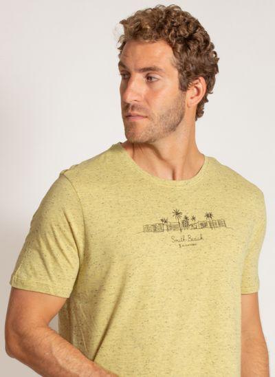 camiseta-aleatory-masculina-estampada-beach-amarelo-modelo-1-