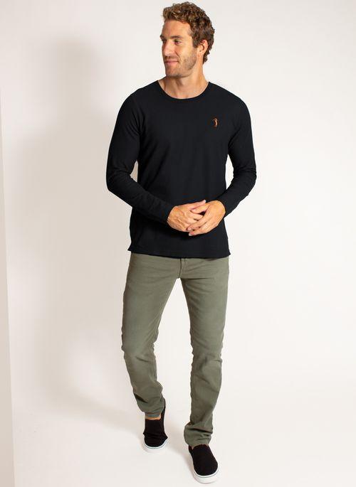 camiseta-aleatory-masculina-manga-longa-lisa-freedom-preto-modelo-3-