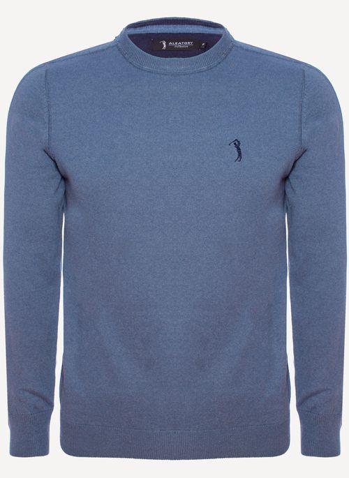 Suéter masculino com gola careca é ideal para usar com camisa polo em looks de trabalho