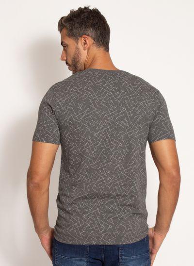 camiseta-aleatory-masculina-estampada-club-cinza-modelo-2-