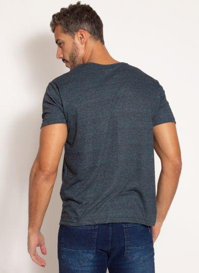 camiseta-aleatory-masculina-lisa-com-bolso-bordado-marinho-modelo-2-