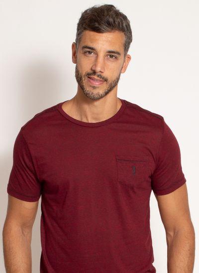 camiseta-aleatory-masculina-lisa-com-bolso-bordado-vinho-modelo-1-