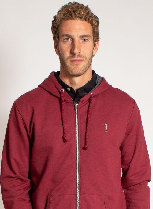 Calça e casaco de moletom são clássico do estilo urbano com pegada esportiva