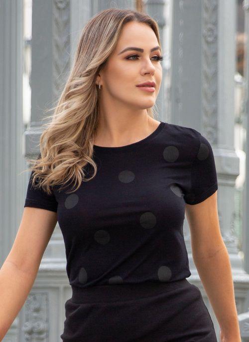 camiseta-aleatory-feminina-street-preto-still-1