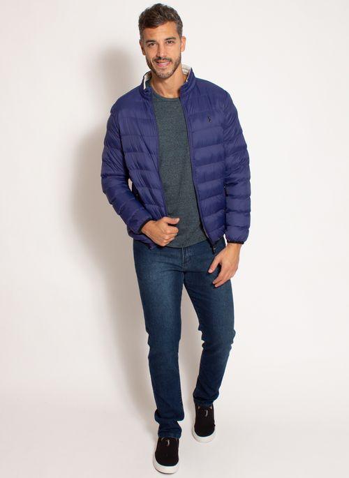Casacos masculinos estilosos como a jaqueta bomber Aleatory são indispensáveis em looks masculinos de inverno modernos