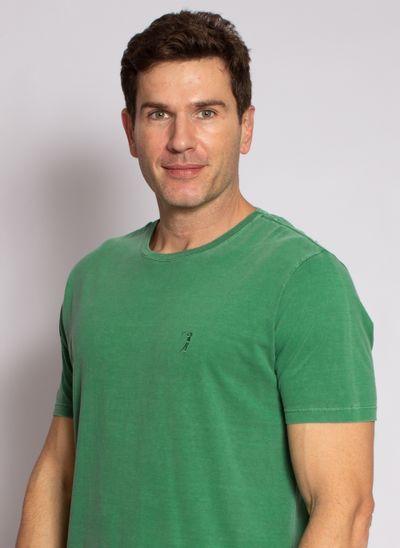 camiseta-aleatory-masculina-lisa-stonada-verde-modelo-1-