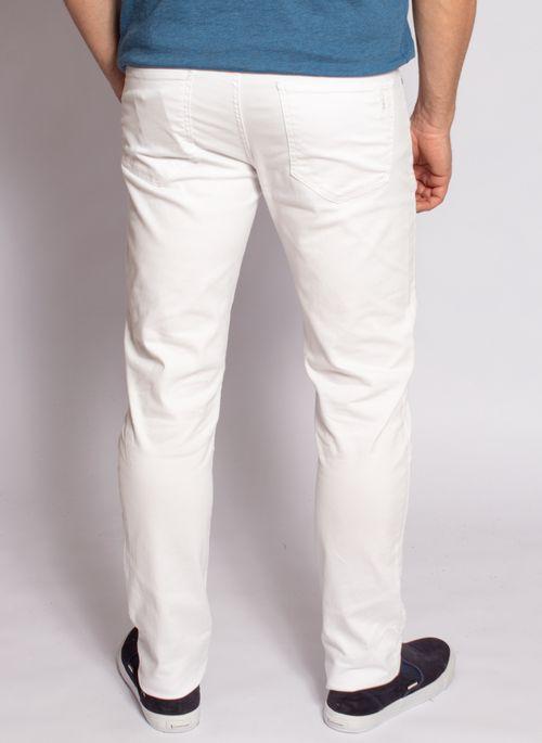 calca-sarja-aleatory-masculina-branca-2020-modelo-3-