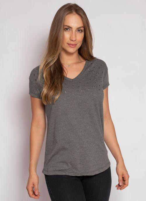 camiseta-aleatory-feminina-gola-v-detail-chumbo-modelo-2020-4-