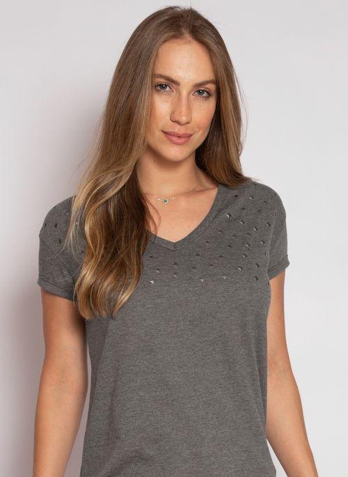 Camiseta  feminina é presente de Natal para que gosta de um visual básico estiloso