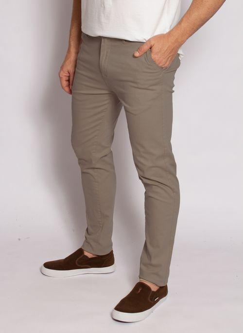 calca-aleatory-masculina-sarja-fine-khakiescuro-modelo-2020-2-