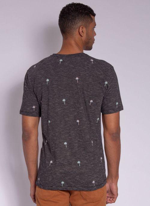camiseta-aleatory-masculina-full-print-hush-preto-modelo-2-