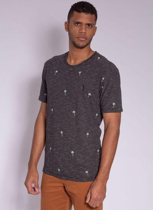 camiseta-aleatory-masculina-full-print-hush-preto-modelo-4-