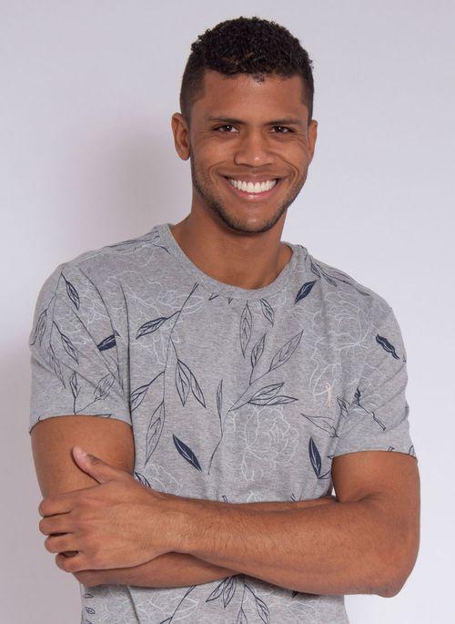 camiseta-aleatory-masculina-full-print-leaf-cinza-modelo-1-