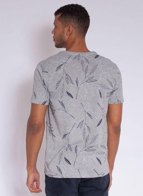 camiseta-aleatory-masculina-full-print-leaf-cinza-modelo-2-