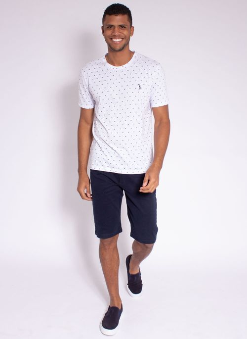 camiseta-aleatory-masculina-full-print-risk-branco-modelo-3-