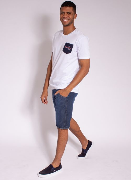 camiseta-masculina-aleatory-estampada-golf-com-bolso-modelo-3-