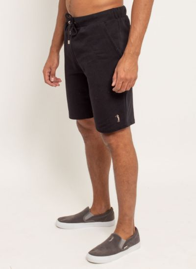bermuda-aleatory-masculina-moletom-confort-preto-modelo-2-