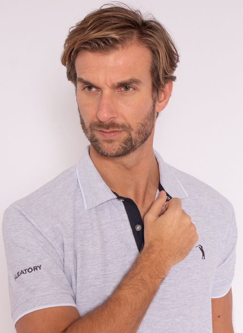 camisa-polo-aleatory-masculina-strenght-cinza-modelo-1-