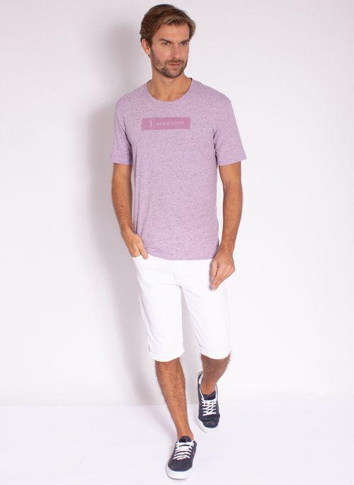 camiseta-masculina-aleatory-estampada-logo-box-lilas-modelo-3-