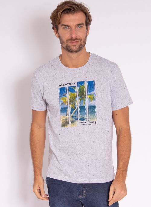 camiseta-masculina-aleatory-estampada-flim-cinza-modelo-2-