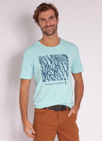 camiseta-masculina-aleatory-estampada-tropical-azul-modelo-2-