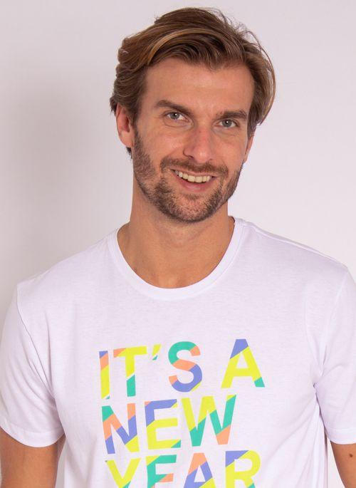 camiseta-aleatory-masculina-estampada-new-year-branca-modelo-1-