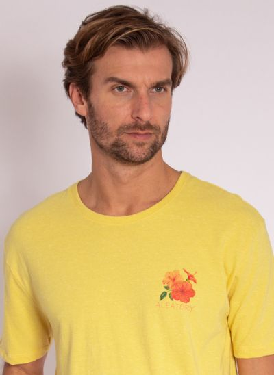 camiseta-aleatory-masculina-estampada-flower-amarelo-modelo-1-