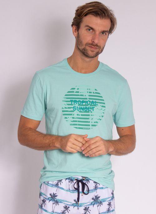 camiseta-aleatory-masculina-estampada-velvet-verde-modelo-4-
