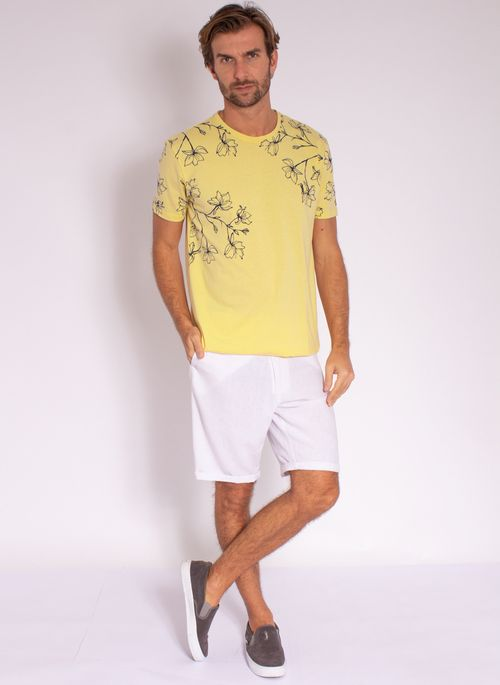 camiseta-aleatory-masculina-mini-print-hamdsome-amarelo-modelo-3-
