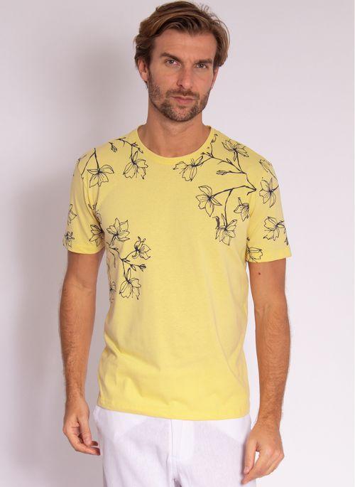 camiseta-aleatory-masculina-mini-print-hamdsome-amarelo-modelo-4-