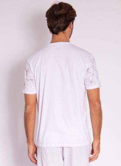 camiseta-aleatory-masculina-mini-print-hamdsome-branco-modelo-2-