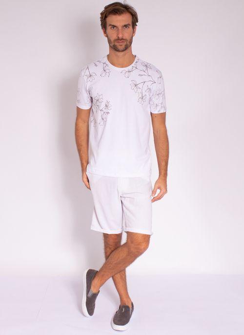 camiseta-aleatory-masculina-mini-print-hamdsome-branco-modelo-3-