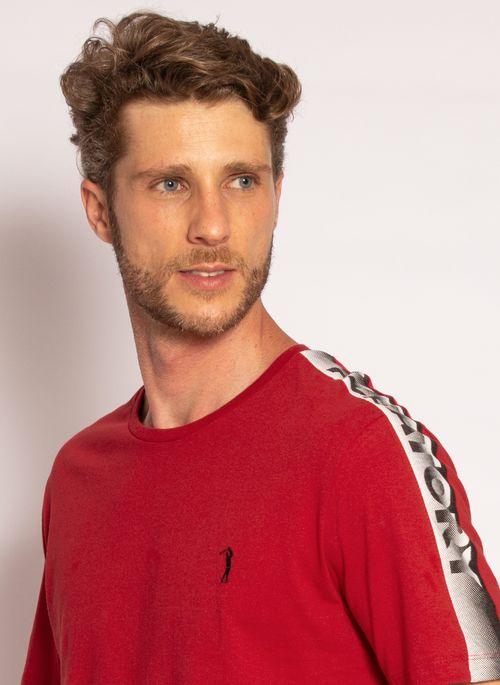 camiseta-aleatory-estampada-shoulder-vermelho-modelo-2020-1-